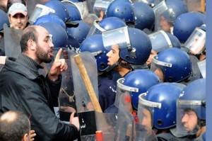 Algérie: Censure sur l'état de santé du président Bouteflika dans Infos algr-300x199